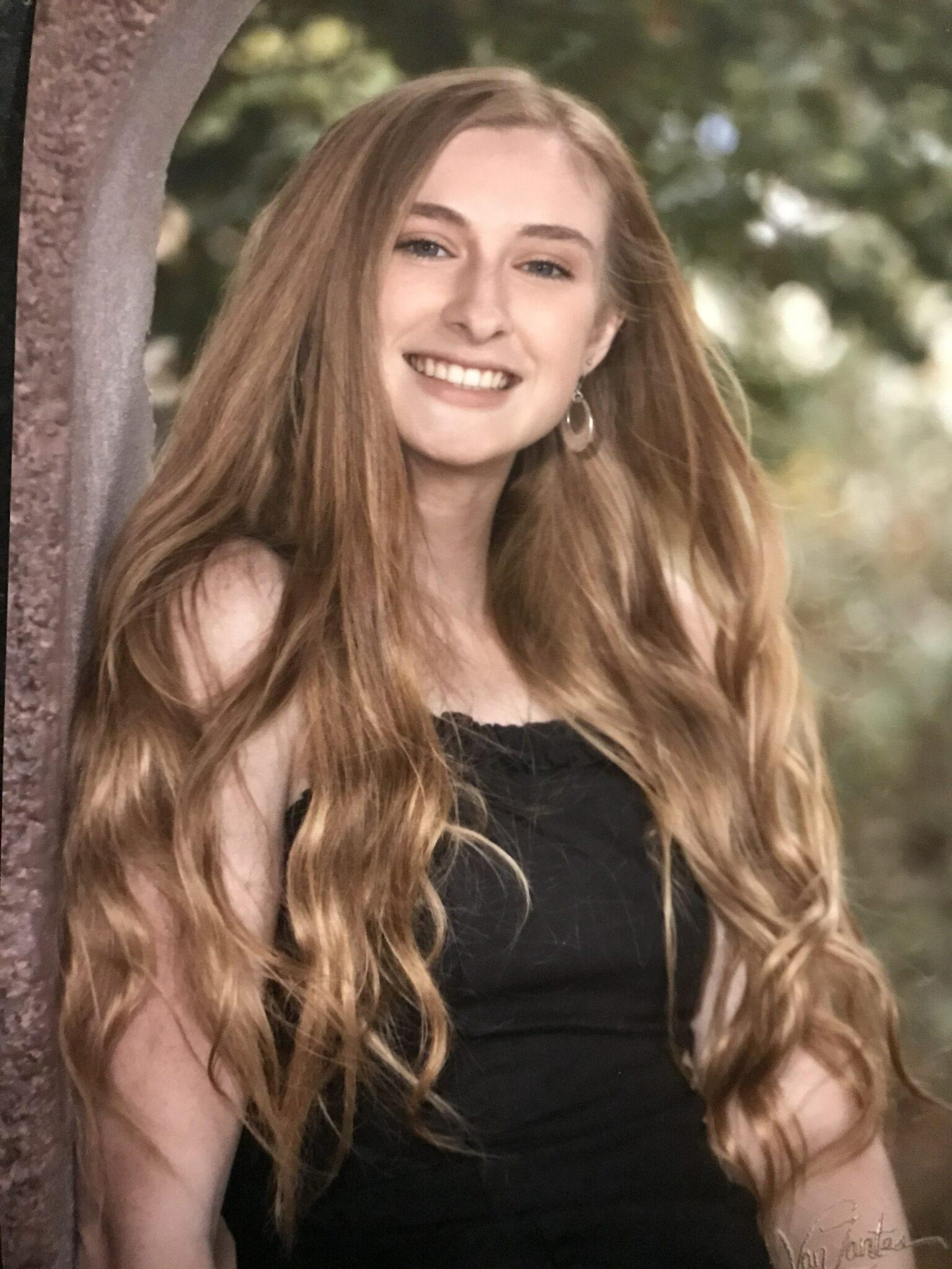 Senior Spotlight: Olivia Lapioli